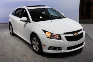 luxury-car-rental-chevrolet cruze